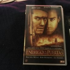 Cine: VHS- ENEMIGO A LAS PUERTAS- JUDE LAW JOSEPH FIENNES. Lote 178864225