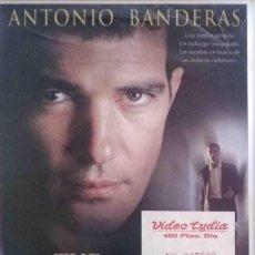 Cine: TODOVHS: EL CUERPO. THE BODY. JONAS MCCORD. CAJA GRANDE (ANTONIO BANDERAS, OLIVIA WILLIAMS). Lote 132516650