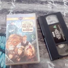 Cine: THE CHRONICLES OF NARNIA-THE LION THE WITCH AND THE WARDROBE- VHS-H-1995 - UK. Lote 133349946