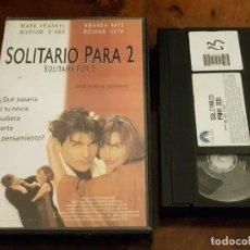 Cine: SOLITARIO PARA 2 - GARY SINYOR - MARK FRANKEL , AMANDA PAYS - 2000. Lote 147333614