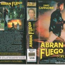 Cine: VHS - ABRAN FUEGO - DAVID CARRADINE. Lote 148996230