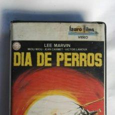 Cine: DÍA DE PERROS VHS 1984 LEE MARVIN. Lote 151122704