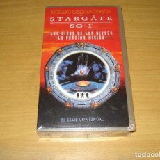Cine: STARGATE SG-1. LOS HIJOS DE LOS DIOSES VOL 1. VHS. BARCODE 8420266162595. PRECINTADO. Lote 151125746