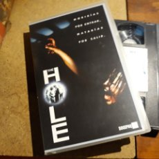 Cine: VHS- THE HOLE- CAJA GRANDE. Lote 151376225