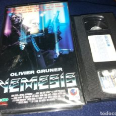 Cine: NEMESIS- VHS- OLIVIER GRUNER- DIR: ALBERT PYUN- POST APOCALIPTICA. Lote 152284028