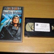 Cine: LAS AGUILAS AZULES (COLECCIÓN CINE BÉLICO). PELICULA VHS. GEORGE PEPPARD. 8420266210623. Lote 152295166