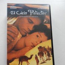 Cine: EL CIELO PROTECTOR, DE BERNARDO BERTOLUCCI. Lote 158576522