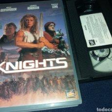 Cine: KNIGHTS- VHS- KRIS KRISTOFFERSON- POST APOCALIPTICA- ALBERT PYUN. Lote 158721862