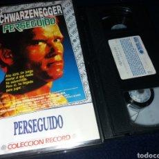 Cine: PERSEGUIDO- VHS- SCHWARZENEGGER. Lote 161353197