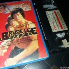Cine: BRUCE LEE EL INVENCIBLE - VHS ARTES MARCIALES. Lote 55313761