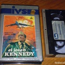 Cine: EL JOVEN KENNEDY . PETER STRAUSS - VHS CAJA GRANDE IVS. Lote 166367322