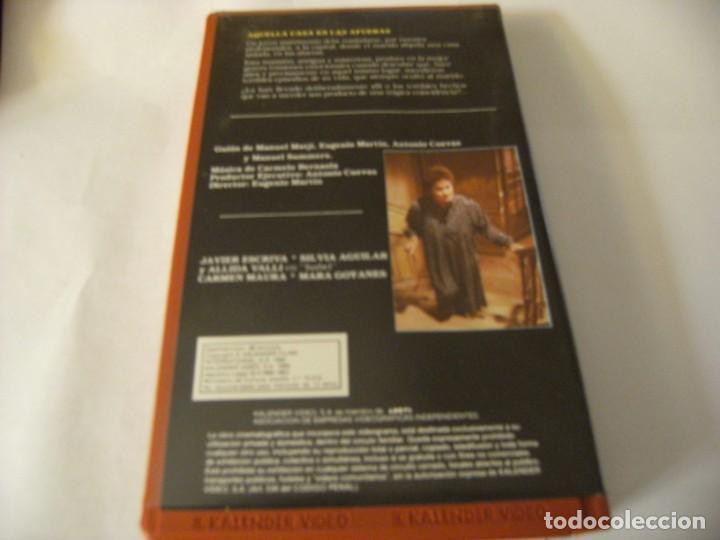 Cine: AQUELLA CASA EN LAS AFUERAS - EUGENIO MARTÍN - VHS - Foto 2 - 167722152