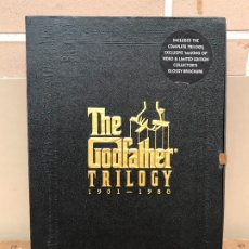 Cine: THE GODFATHER TRILOGY VHS LIBRETOS Y MAKING OFF. Lote 172707399