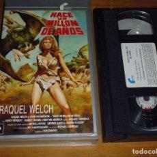 Cine: HACE UN MILLON DE AÑOS - RAQUEL WELCH - VHS - PEDIDO MINIMO 6 EUROS. Lote 173851225