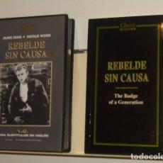 Cine: REBELDE SIN CAUSA V.O. CON SUBTITULOS EN INGLES CON FOLLETO - VIDEO VHS. Lote 180128121