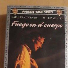 Cine: 1 VIDEO VHS DE ** FUEGO EN EL CUERPO . KATHLEEN TURNER ** AÑO 1992 WARNER HOME VIDEO SIN REVISAR. Lote 187395451