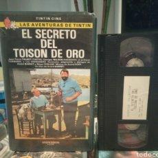 Cine: TINTIN Y EL SECRETO DEL TOISÓN DE ORO (1961) VHS - 1ª PELÍCULA DE TINTIN CON ACTORES. Lote 189169057