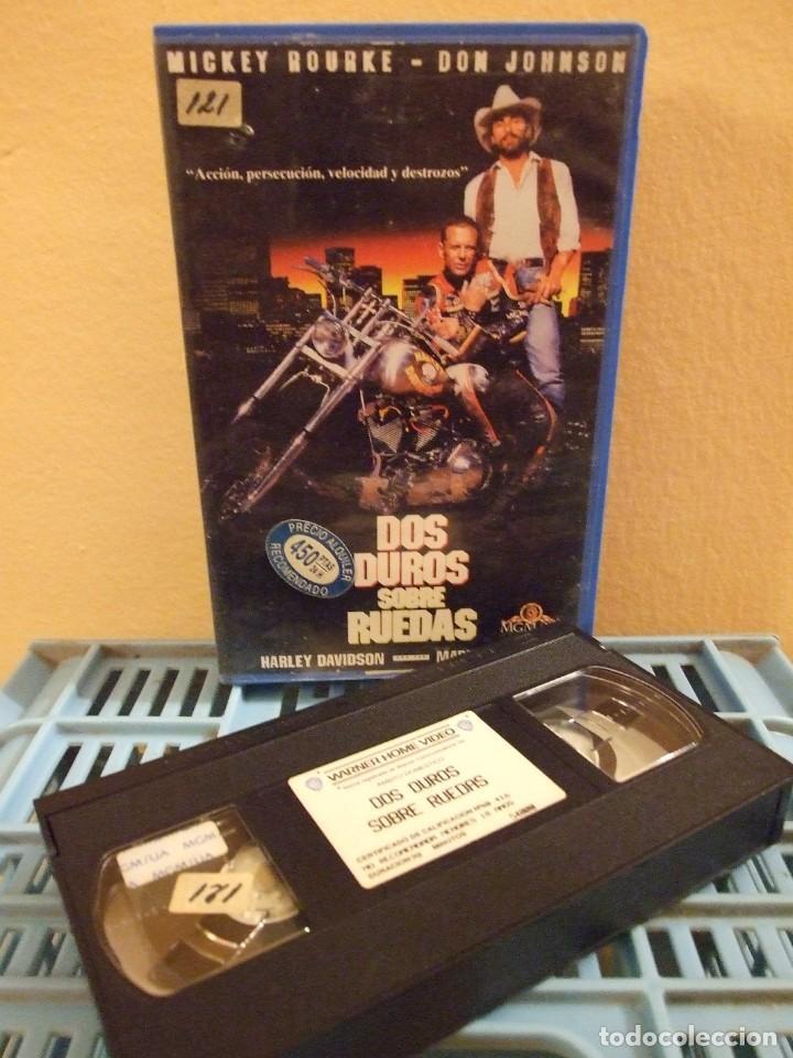 DOS DUROS SOBRE RUEDAS - SIMON WINCER - MICKEY ROURKE , DON JOHNSON - MGM 1992 (Cine - Películas - VHS)