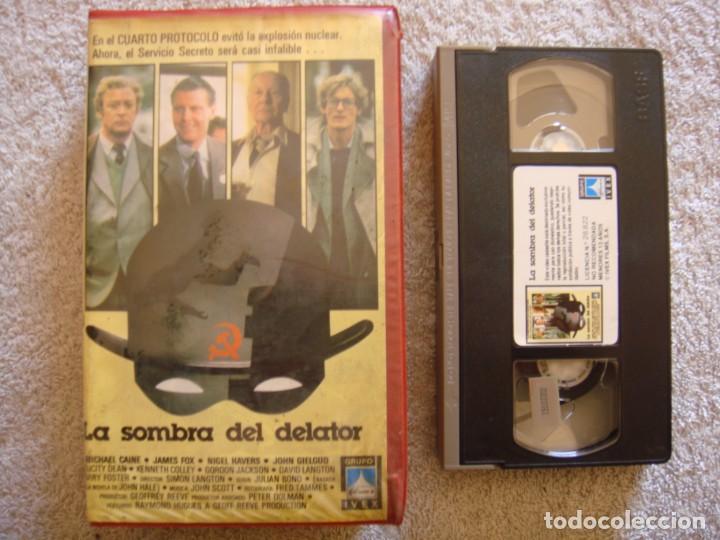 VHS - LA SOMBRA DEL DELATOR - 1986 - MICHAEL CAINE, JAMES FOX - DIR. SIMON LANGTON (Cine - Películas - VHS)