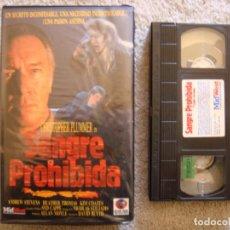 Cine: VHS - SANGRE PROHIBIDA (RED BLOODED AMERICAN GIRL) - 1990 - TERROR - CHRISTOPHER PLUMMER. Lote 194262450