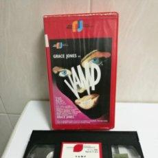 Cine: VHS VAMP GRACE JONES. Lote 194497158