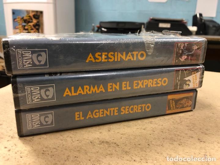 Cine: - VHS - ALFRED HITCHCOCK, LOTE 3 PELÍCULAS CON PLÁSTICO PRECINTO. ASESINATO, EL AGENTE SECRETO Y - Foto 3 - 194896088