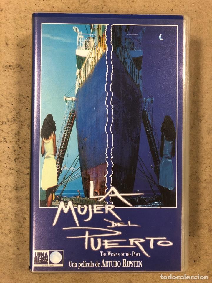 - VHS - LA MUJER DEL PUERTO. ARTURO RIPSTEN. (Cine - Películas - VHS)