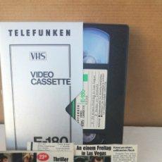 Cine: PELÍCULA VHS AN EINEM FREITAG IN LAS VEGAS, BUTLER IM ZWIELICHT. Lote 195309697