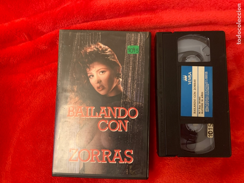 BAILANDO CON ZORRAS PELÍCULAS VHS X (Cine - Películas - VHS)