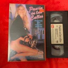 Cine: PASIÓN EN LAS CALLES PELÍCULAS VHS X. Lote 195903763