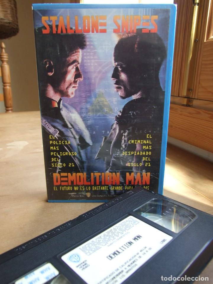 DEMOLITION MAN - MARCO BRAMBILLA - STALLONE SNIPES , WESLEY SNIPES - WARNER 1994 (Cine - Películas - VHS)