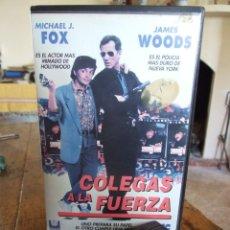 Cine: COLEGAS A LA FUERZA - JOHN BADHAM - MICHAEL J. FOX , JAMES WOODS - CIC 1990. Lote 200562481