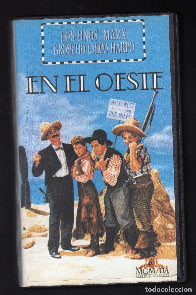 LOS HERMANOS MARX EN EL OESTE · DIR: EDWARD BUZZELL (INT: GROUCHO / CHICO / HARPO / JOHN CARROLL (Cine - Películas - VHS)