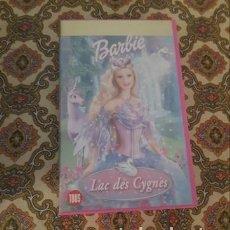 Cine: VHS BARBIE Y EL LAGO DE LOS CISNES EN FRANCÉS. Lote 207141531