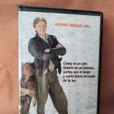Cine: GNOMO COP - ANTHONY MICHAEL HALL - VHS. Lote 208429306
