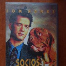Cine: PELÍCULA VHS SOCIOS Y SABUESOS, TOM HANKS. Lote 210339823