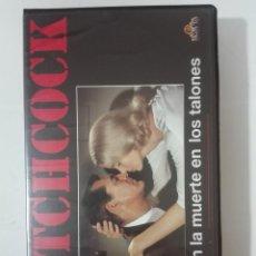 Cine: VHS PELICULA CON LA MUERTE EN LOS TALONES DE ALFRED HITCHCOCK Nº2 1992. Lote 210445995