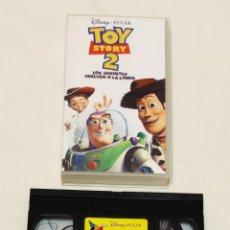 Cine: PELÍCULA CINTA VHS TOY STORY 2. LOS JUGUETES VUELVEN A LA CARGA. DISNEY. Lote 210983057