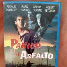 Cine: PANICO EN EL ASFALTO - VHS. Lote 213067098