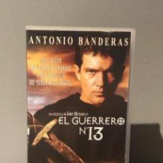 Cine: PELICULA VHS EL GUERRERO Nº 13 CON ANTONIO BANDERAS. Lote 213364378