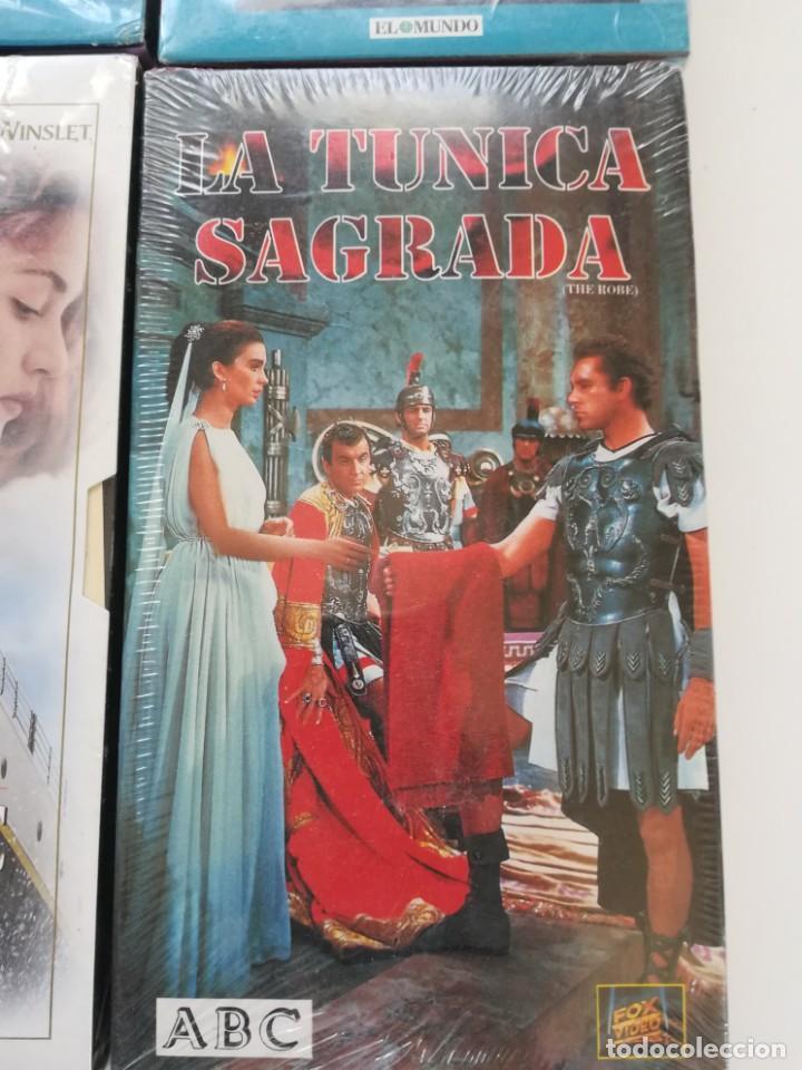 Cine: Lote 4 VHS nuevos. Titanic, el golpe, la túnica sagrada, Fahrenheit 451 - Foto 3 - 214374356