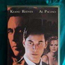 Cine: VHS PELÍCULA 1997. PACTAR CON EL DIABLO. TAYLOR HACKFORD. AL PACINO, KEANU REEVES, CHARLIZE THERON. Lote 219976871