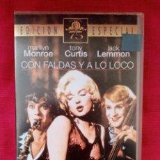 Cine: VHS PELÍCULA 1959. CON FALDAS Y A LO LOCO. BILLY WILDER. MARILYN MONROE, TONY CURTIS, JACK LEMMON. Lote 220059413