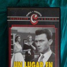 Cine: VHS PELÍCULA 1959. UN LUGAR EN LA CUMBRE. JACK CLAYTON. LAURENCE HARVEY, SIMONE SIGNORET, HEATHER. Lote 220115818