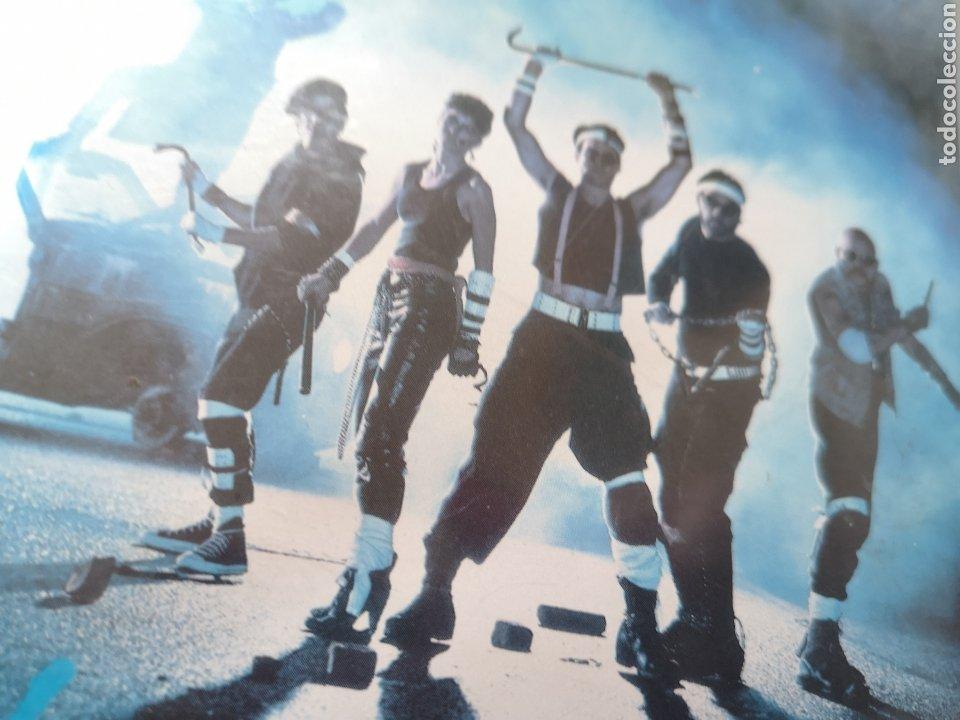 Cine: Los Caballeros de la Noche VHS - Foto 3 - 221665341