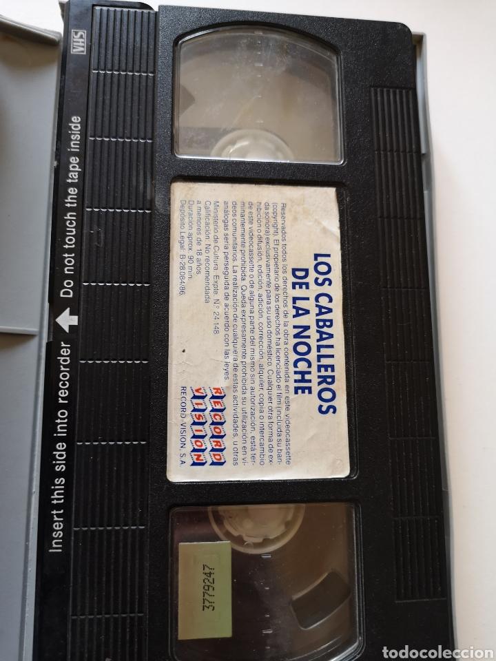 Cine: Los Caballeros de la Noche VHS - Foto 4 - 221665341
