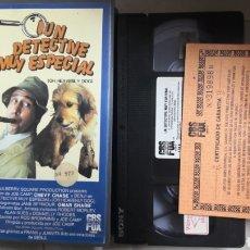 Cine: VHS UN DETECTIVE MUY ESPECIAL (1° EDICIÓN + CERTIFICADO). Lote 221807403