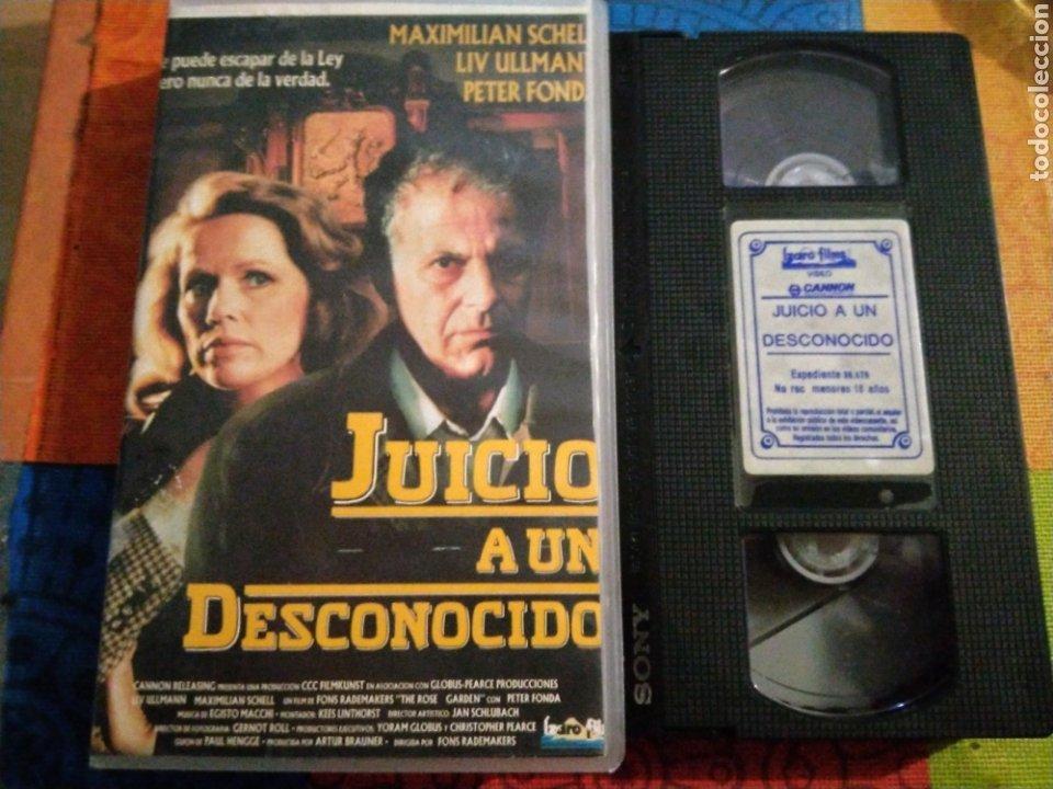 VHS- JUICIO A UN DESCONOCIDO- PETER FONDA ÚNICO EN TC- IZARO FILMS (Cine - Películas - VHS)