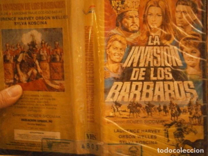 LA INVASION DE LOS BARBAROS¡VHS CAJA GRANDE¡¡ (Cine - Películas - VHS)