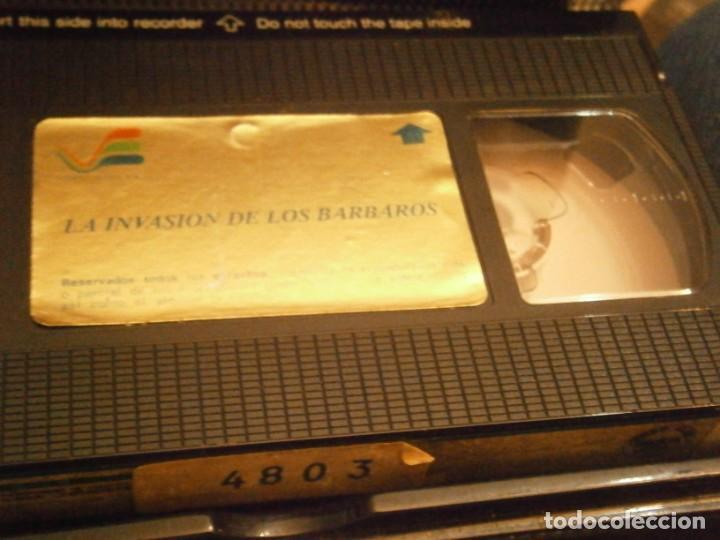 Cine: la invasion de los barbaros¡vhs caja grande¡¡ - Foto 4 - 226125993
